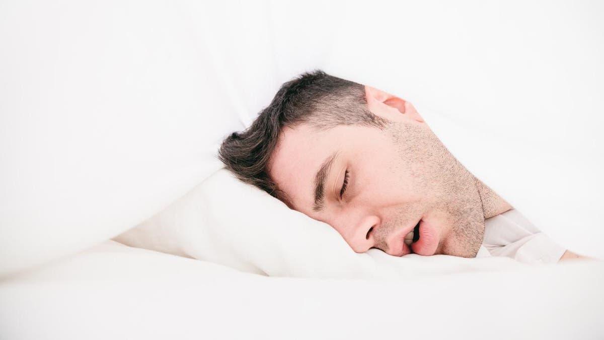 ماذا يحدث لجسم الانسان عندما ينام وهو غاضب؟