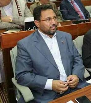 وزير الدولة نشطان يعزي بوفاة ولده وزير التخطيط الكميم