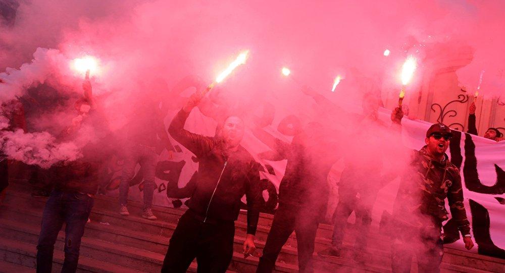 تواصل الاحتجاجات في تونس اعتراضا على زيادة الأسعار والضرائب